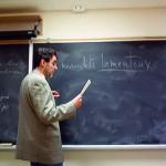 Robert enseigne à l'Université Laurentienne